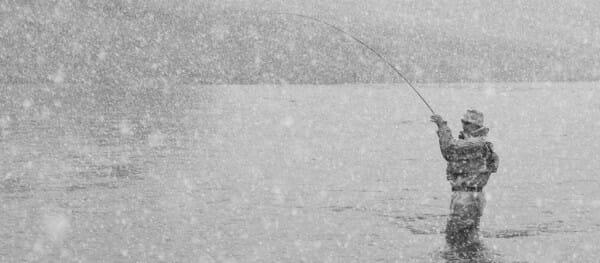 Pesca Invernale Con Neve